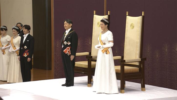 皇后雅子さまのティアラは値段はいくらするの!デザインやブランドどこ?皇族のティアラについても調べてみました!